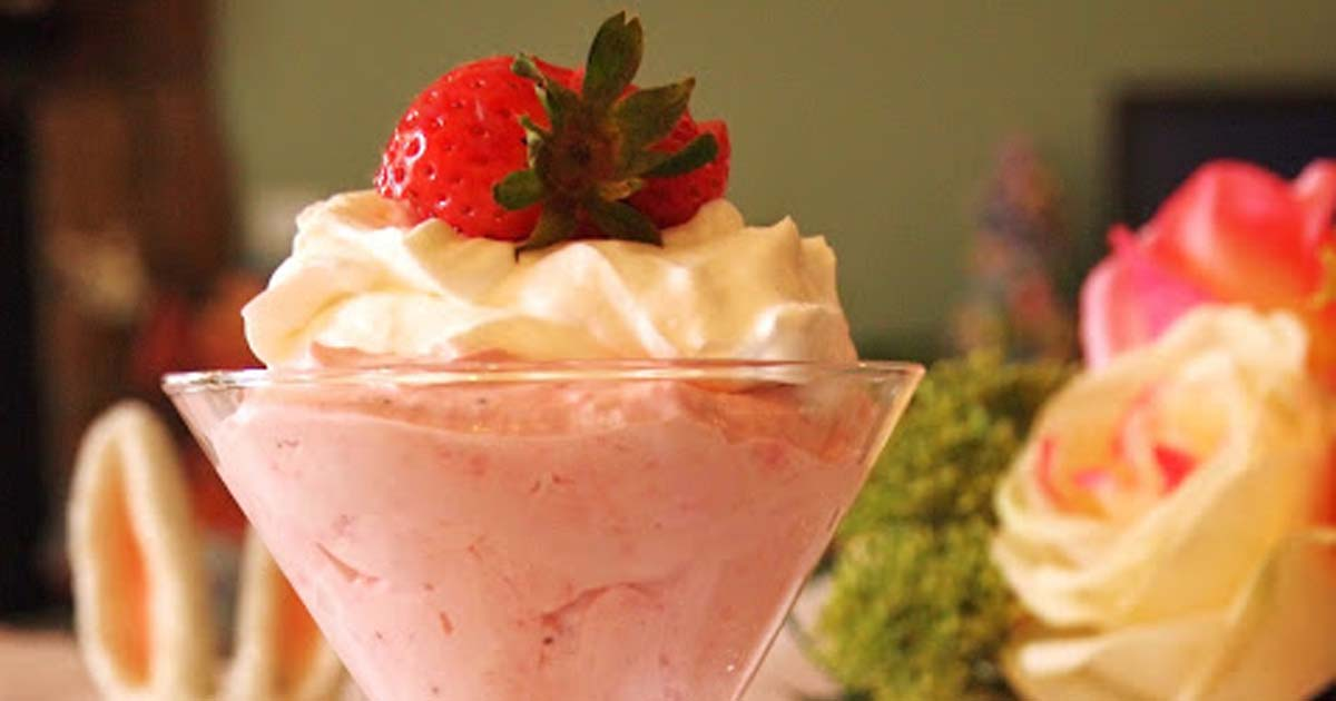 Easter's Strawberry Cheesecake Mousse Recipe