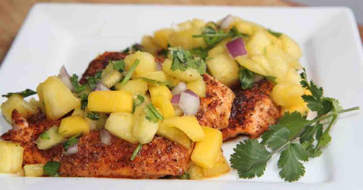 Chicken with Spicy Pineapple Mango Salsa Recipe