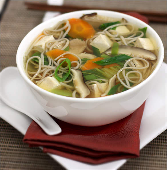Cauliflower and Noodle Clear Soup Recipe