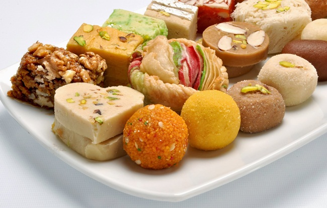 Top 10 Diwali Sweets and Snacks -2015