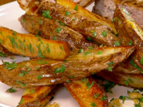 Butter-Garlic Oven Fries with Herbs Recipe