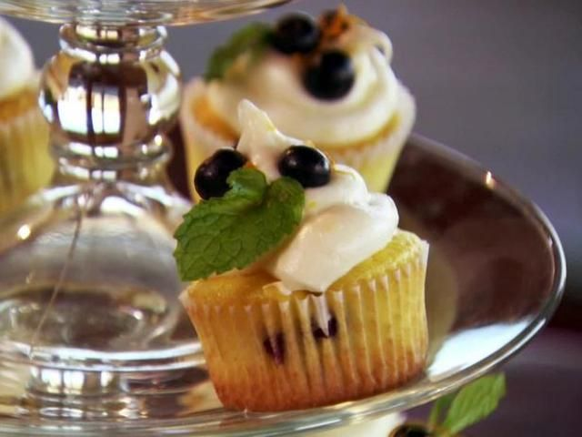 Lemon and Blueberry Cupcakes Recipe
