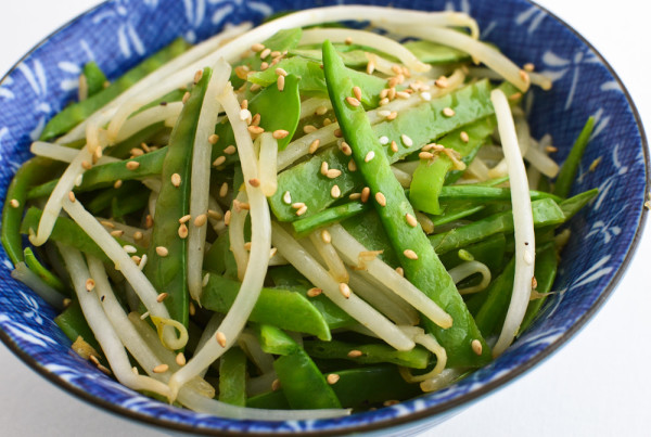 Sautéed Snow Peas and Bean Sprouts Recipe