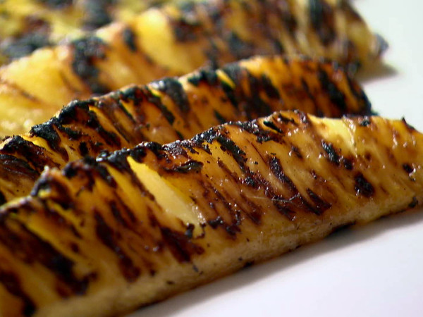GRILLED PINEAPPLE SPICED CARAMEL RECIPE