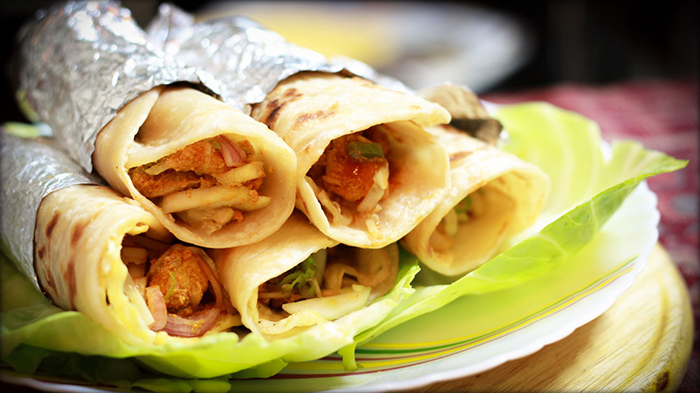 Kolkata Style Chicken Roll Recipe
