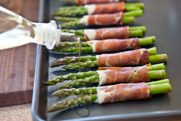 Roasted Asparagus in Prosciutto Recipe