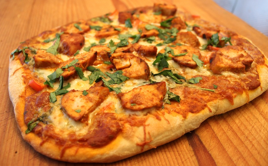 Chicken-Tikka-Pizza-Recipe