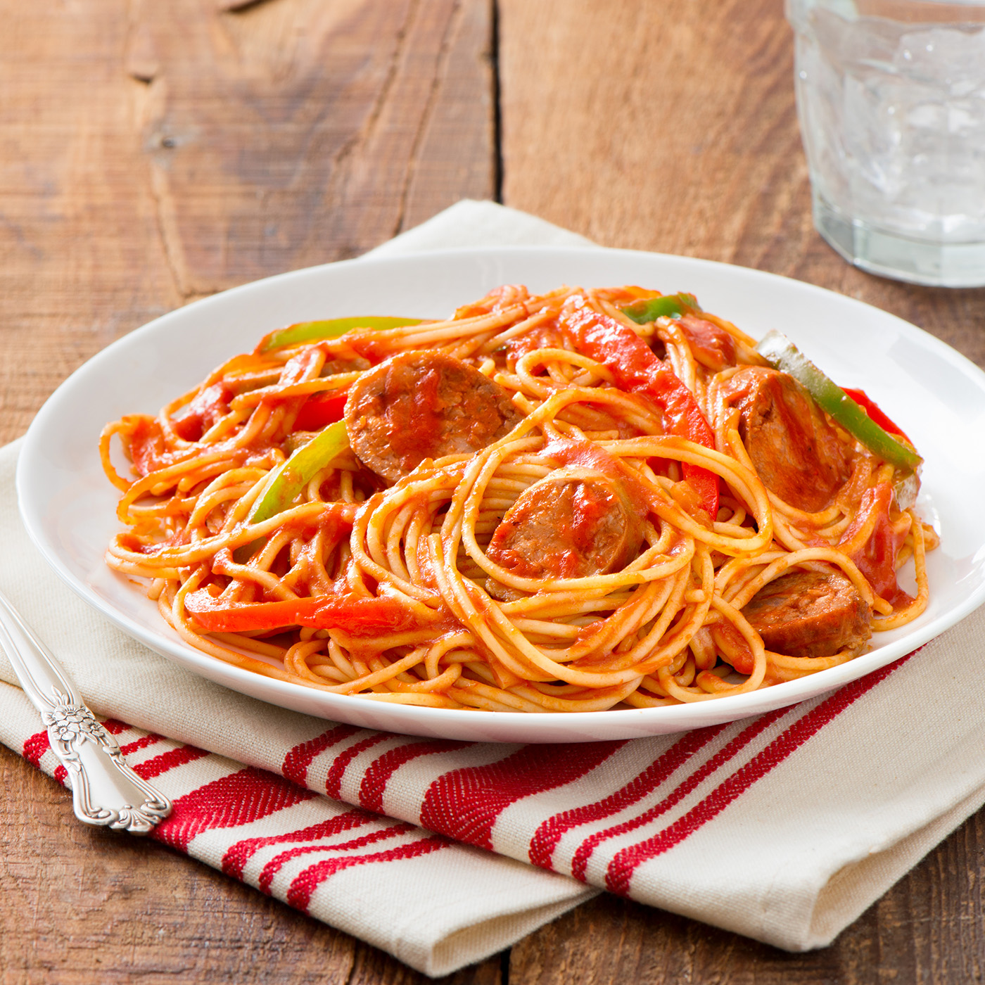Spaghetti With Sausage and Bell Peppers Recipe
