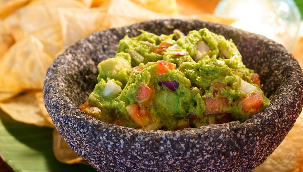 Guacamole: Have Your Own Guacamole-Themed Evening!