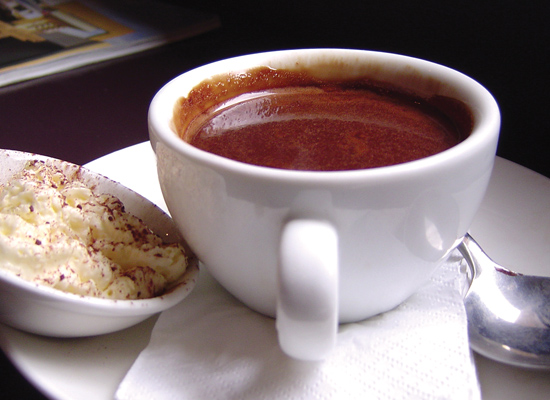 This Red Wine Hot Chocolate Is The Perfect Drink For Winter Evenings