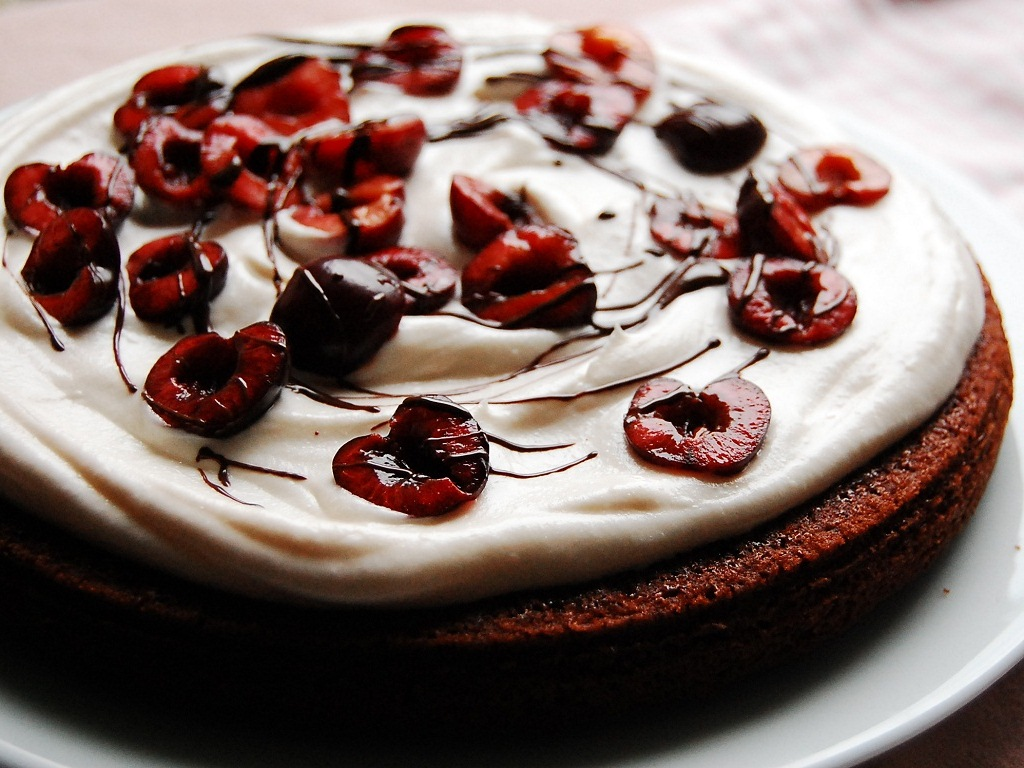 chocolate-cherry-cake-recipe
