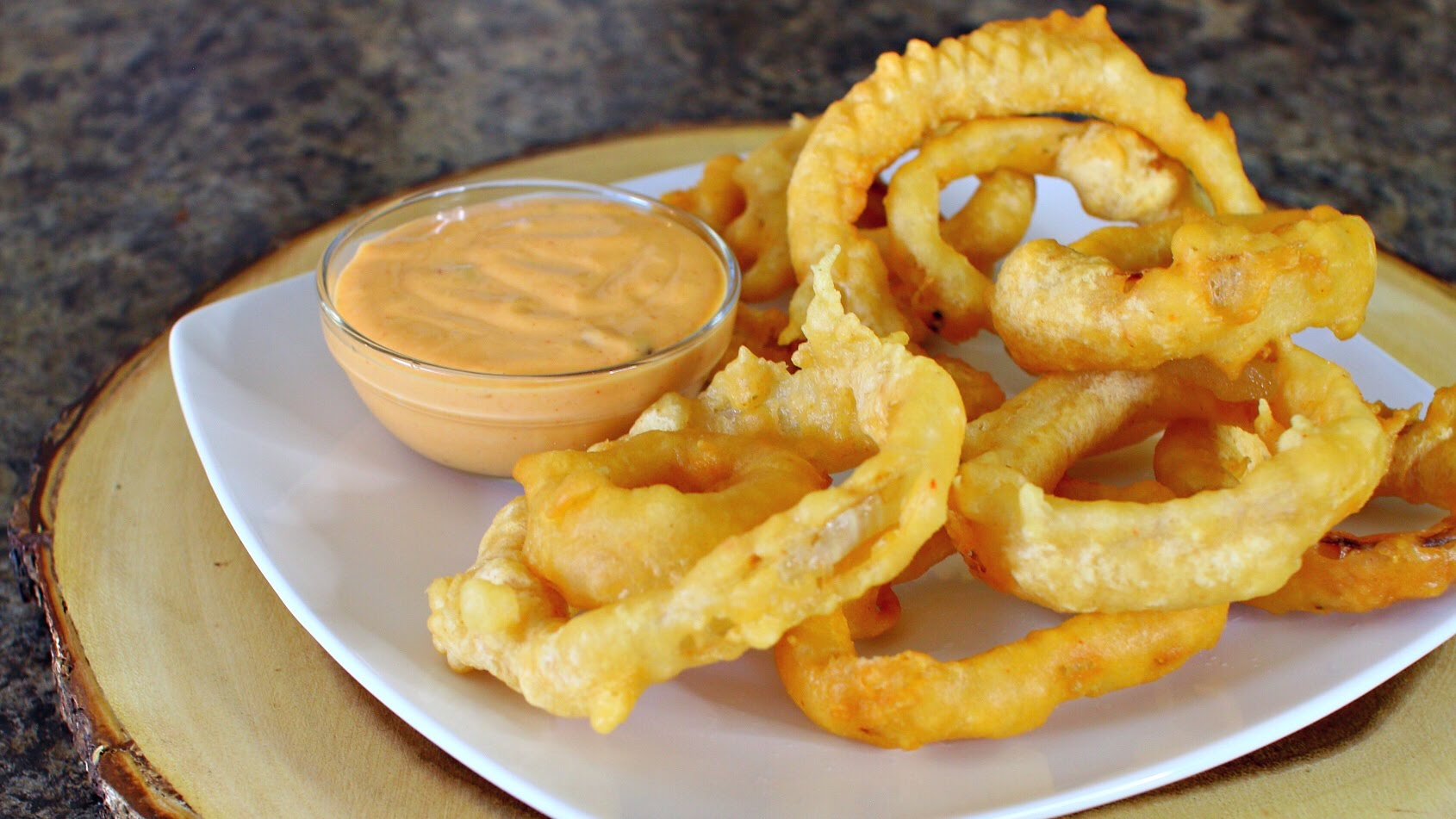 beer-battered-onio-rings-recipe