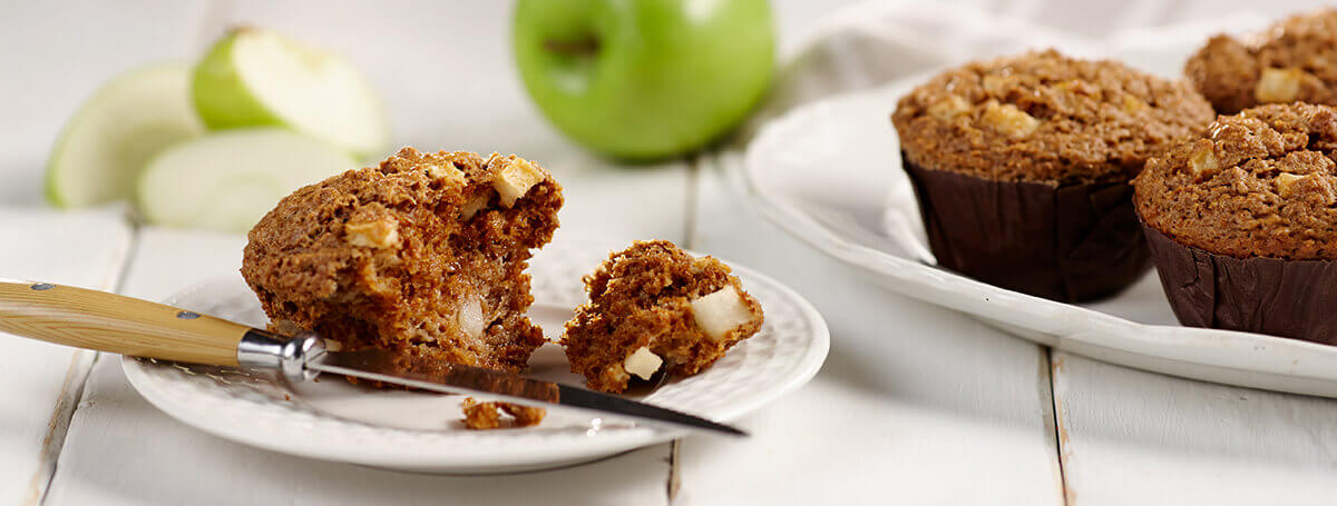 Apple-Muffins-with-Cinnamon-Pecan-Streusel