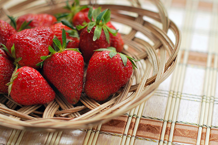 Enjoy Strawberry Fields At The World Café By Sheraton Grand Bangalore Hotel at Brigade Gateway