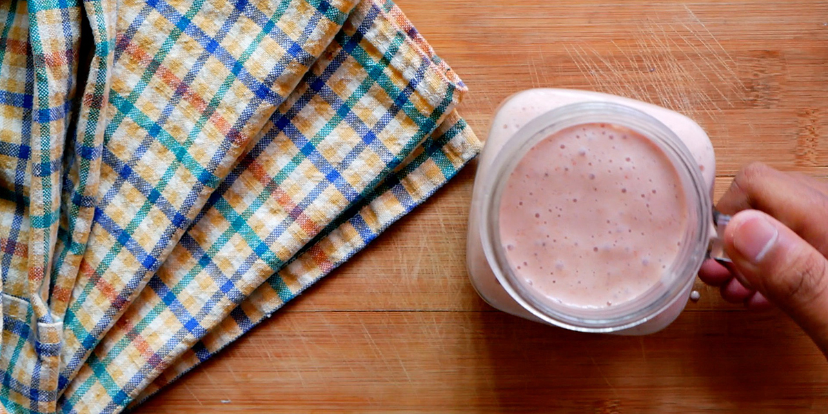 Fresh and Healthy Chia-Berry Belly Blaster