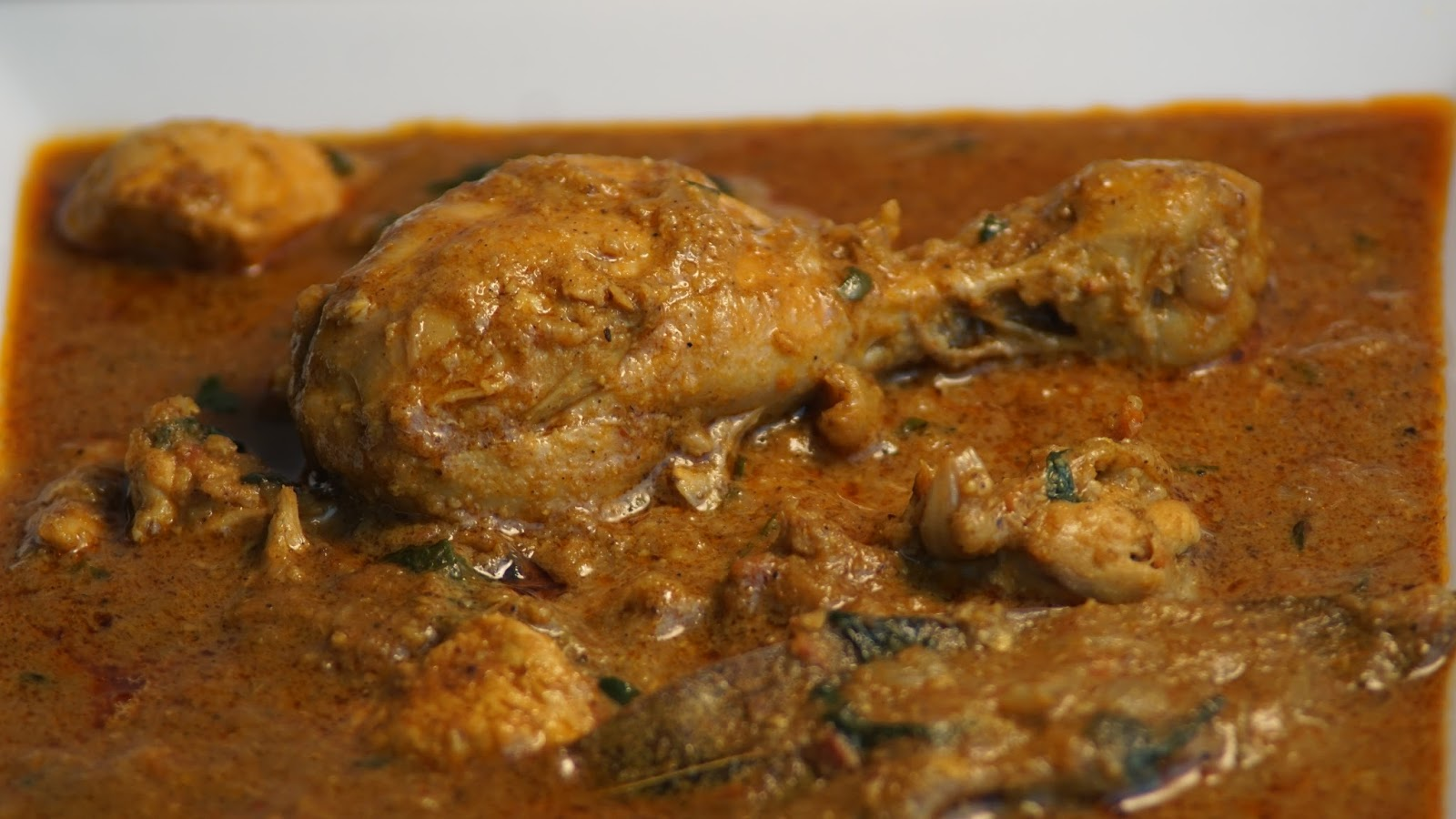 Chettinad-Chicken-kulambu