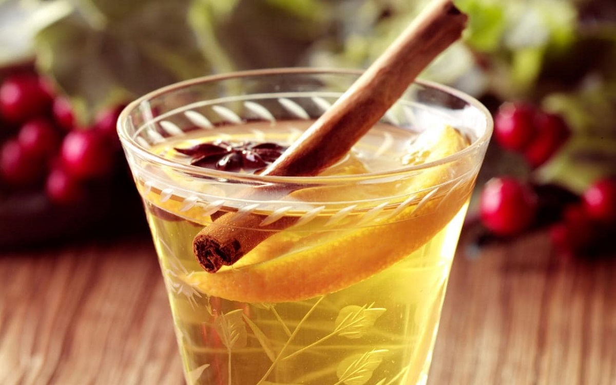White Mulled Wine