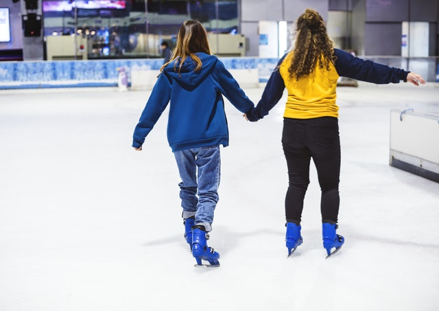 This Valentine 's Day, Skate Your Way To Romance At iSKATE